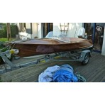 Collection in mahogany boat (1960) opportunity